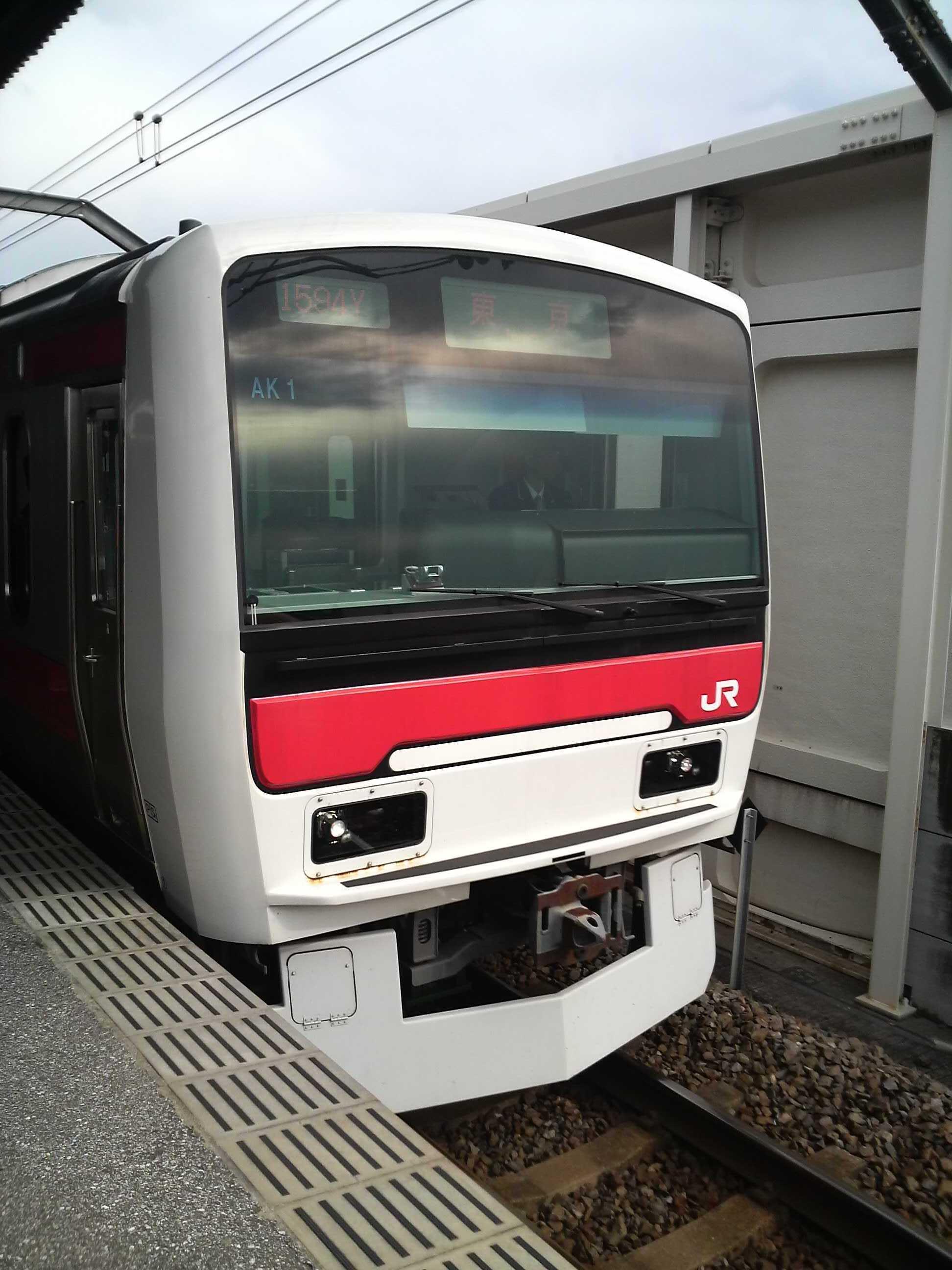 E331系各駅停車東京行@舞浜駅