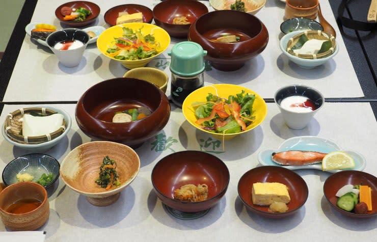 佳松亭の朝食
