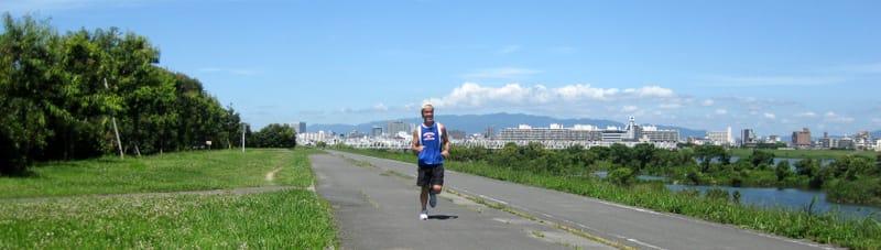 Too_hot_in_riverside_jogging