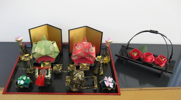 すべての折り紙 三人官女 折り紙 : ぼんぼりや牛車などの道具まで ...