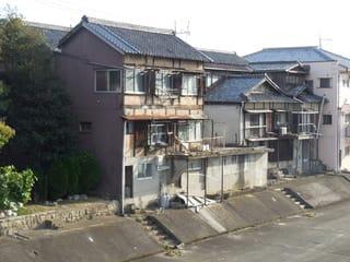 京橋東詰に位置する元妓楼