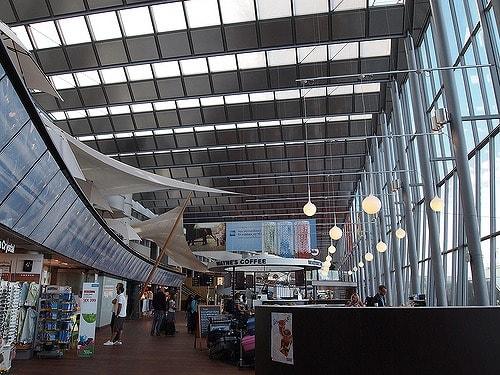 ストックホルムアーランダ空港に...