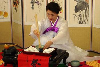 【話題】今年もジャパンエキスポに韓国が寄生…日本の国旗を掲げて韓国グッズを販売、来場者も不快感あらわ★2 [無断転載禁止]©2ch.netYouTube動画>13本 ->画像>100枚