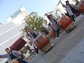 岡谷太鼓(四賀鼓龍会虚空蔵太鼓)の演奏