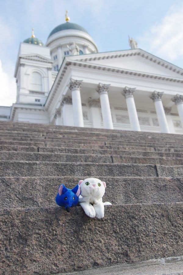 ヘルシンキ大聖堂と猫とネズミ