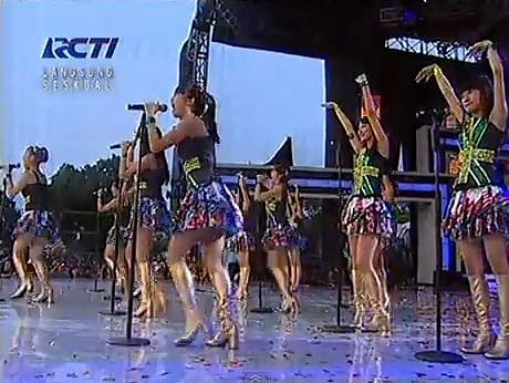Jkt48 on Jkt48 Heavy Rotation Opening Euro Rcti 08 06 2012 Jkt48 Live
