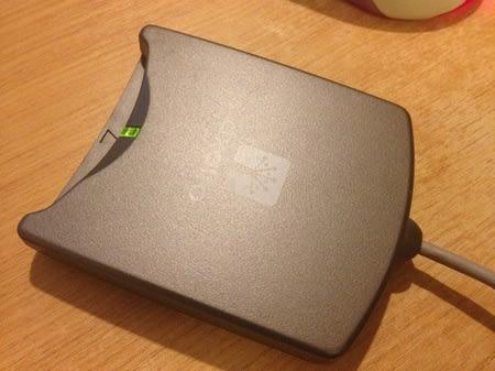 Scr33x smart card reader