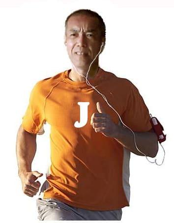 Jackie_running_on_earphones