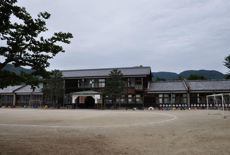恭仁小学校