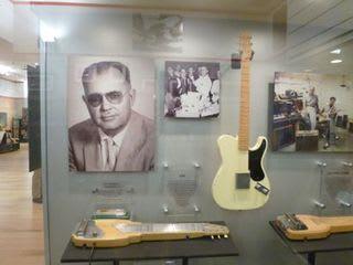 レオ・フェンダー - Leo Fender