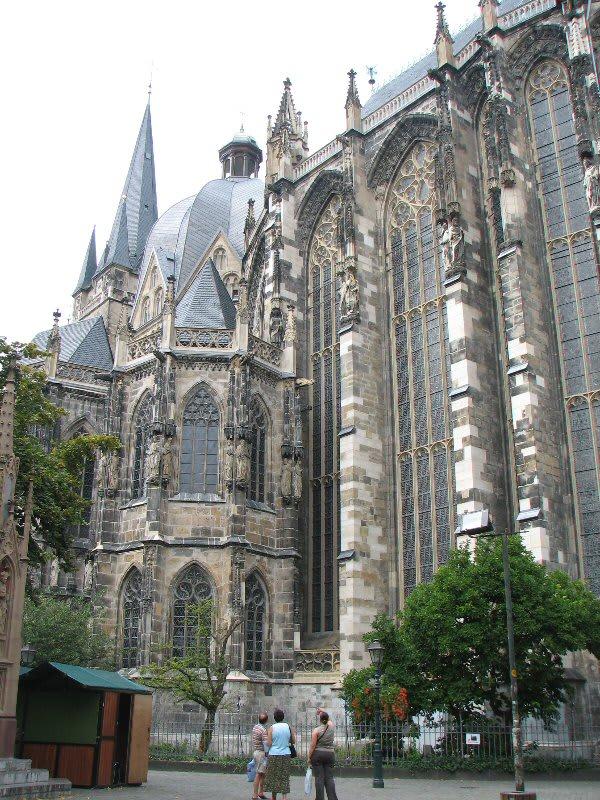 NAVER まとめドイツの世界遺産【アーヘン大聖堂】と周辺&料理 画像集