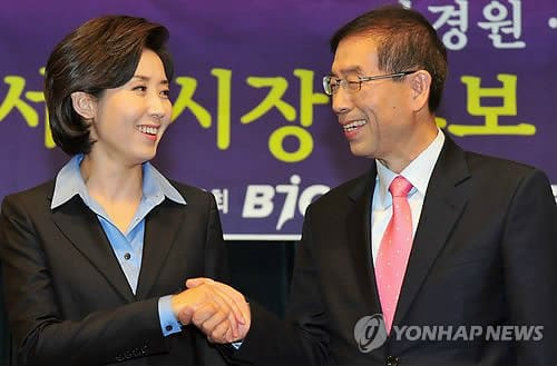左がナ・ギョンウォン候補、右がパク・ウォンスン候補)一言で言うと、ナ候補は保守派・パク候補は市民