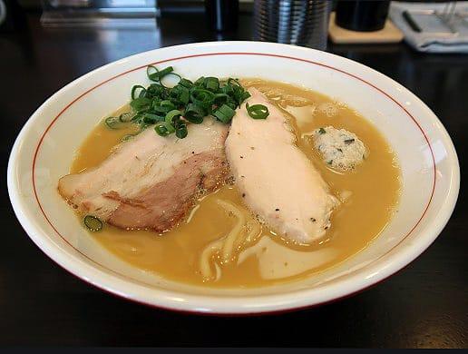 ラーメン あおやま・鶏白湯