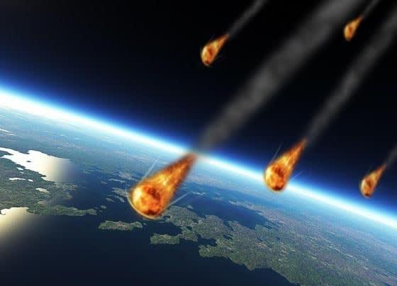 地球は、狙われている。ずっと ...