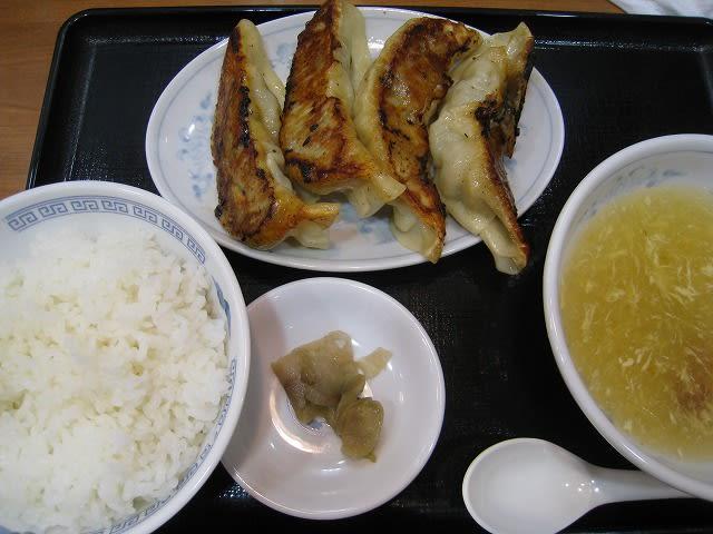 ジャンボ肉餃子定食