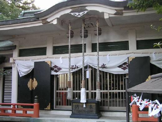 穴切大神社拝殿