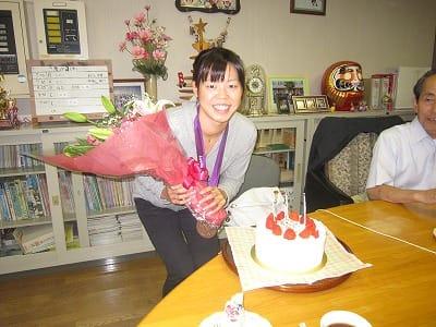 星奈津美さんはなによりも笑顔がかわいいですね。記録や良い成績が残せたときのガッツポーズ+笑顔やプライベートの写真をみると笑顔が満載ですね!