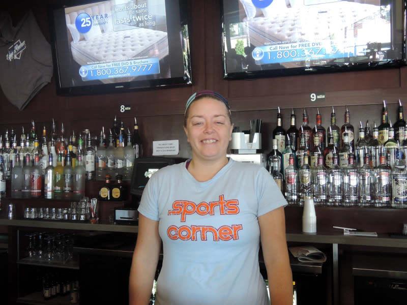 Mis_bartender