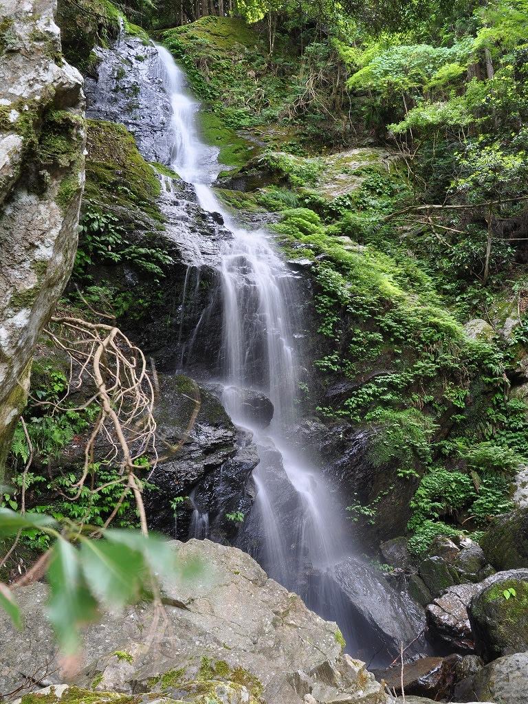 ヌスット谷大滝美滝