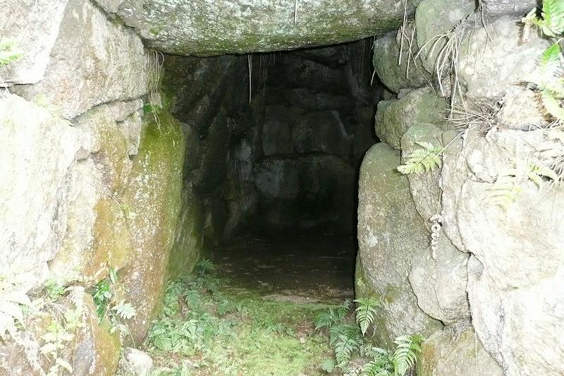 塚穴古墳石室