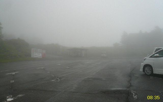 登山口駐車場