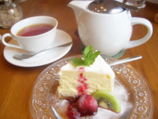 ベイクトチーズケーキ&紅茶