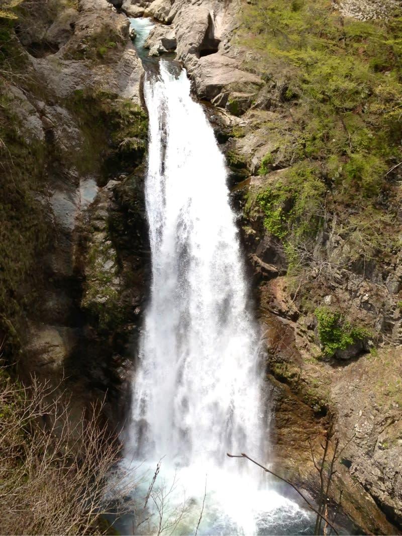 秋保大滝の西光寺と滝不動