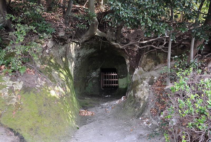 高井田横穴