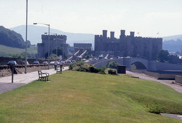 グウィネズのエドワード1世の城郭と市壁の画像 p1_23