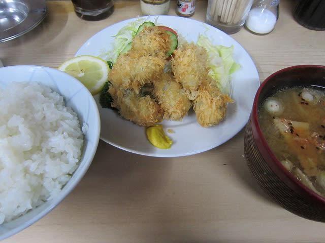 カキフライ+ライス+豚汁