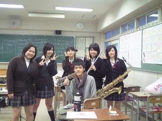 都立高島高等学校制服画像