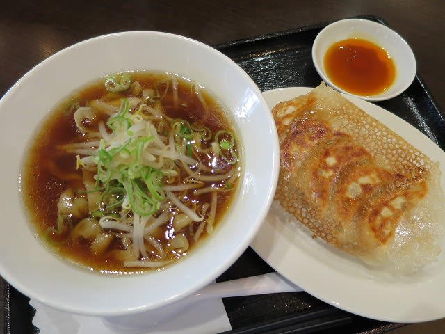 刀削麺餃子セット