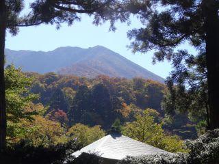 下山観音堂から見た大山