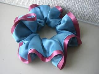 NAVER まとめシュシュの作り方&ヘアアレンジ集(手縫い 毛糸 おだんごヘア ハーフアップ