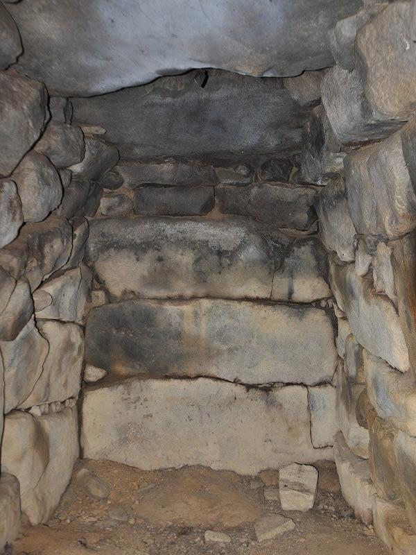 赤目宮山古墳西石室奥壁