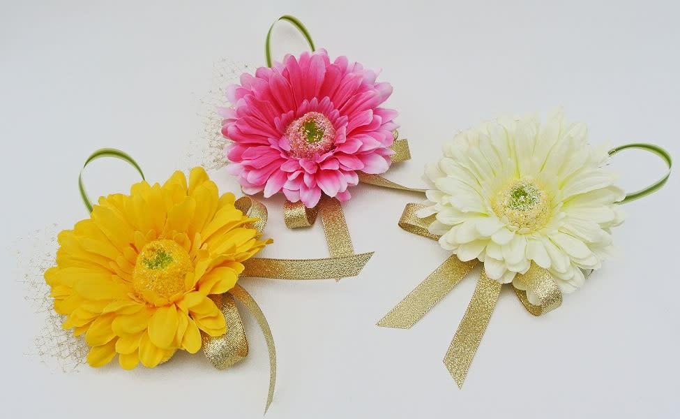 卒業式コサージュ アートフラワー(造花) 生徒用 ガーベラ