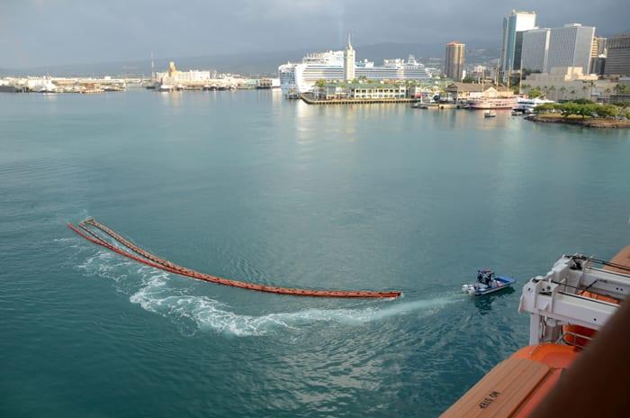 Port of Honolulu~着いた!!着いてしまった。朝起きたらも... ハワイクルーズ