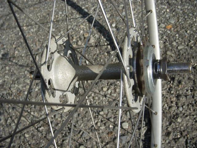 自転車の 自転車 ホイール 組み方 種類 : ビバロ ピスト用 ホイール組の ...