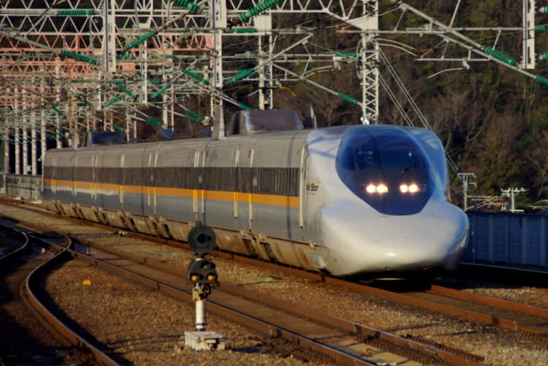 新幹線700系7000番台「ひかりRailStar(レールスター)