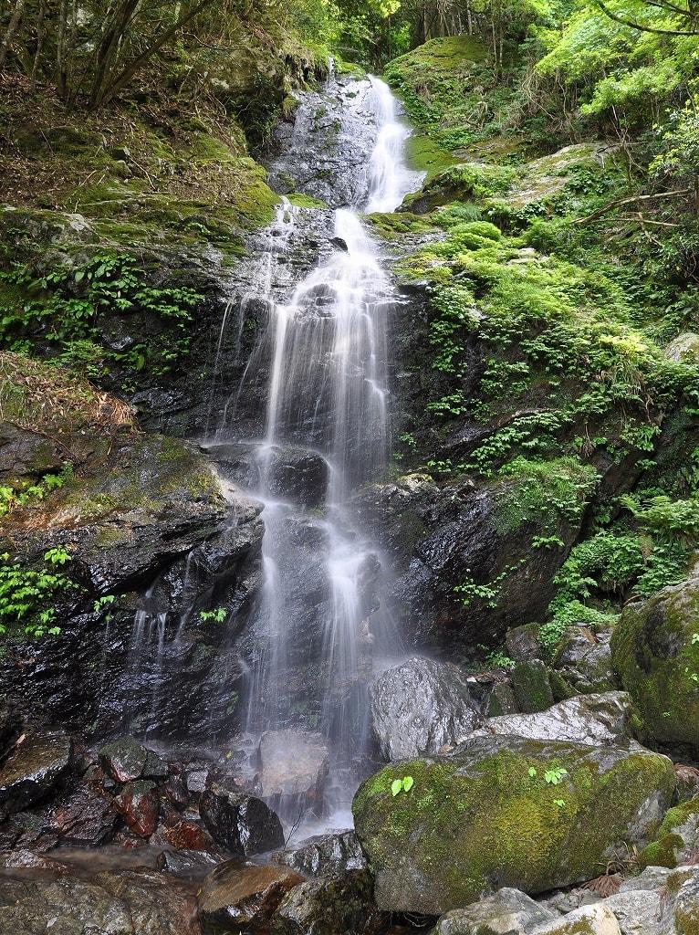 ヌスット谷大滝