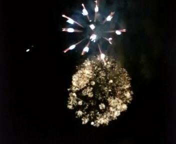 (土)の夜は「長倉神社」の花火