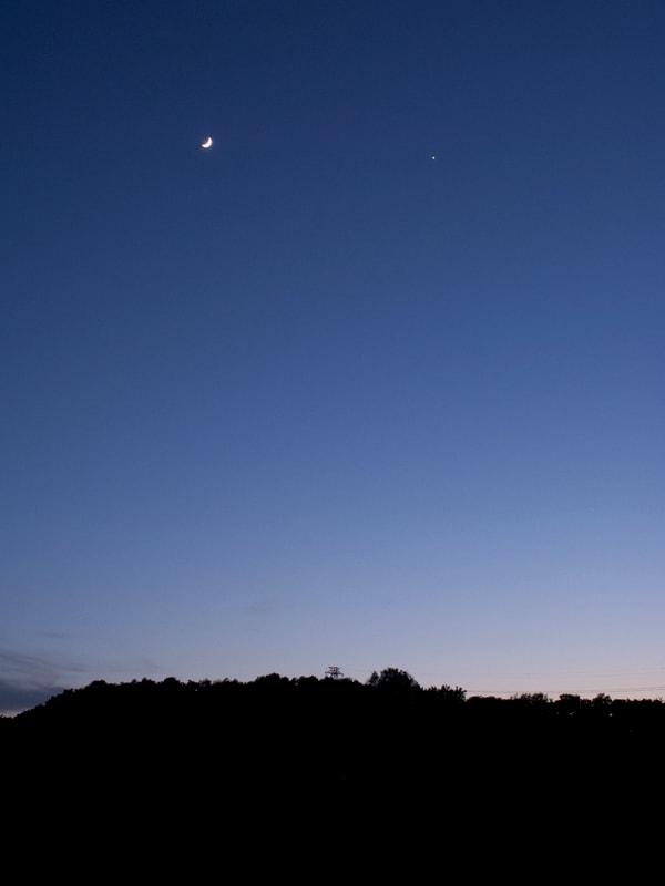 05月22日 月と金星