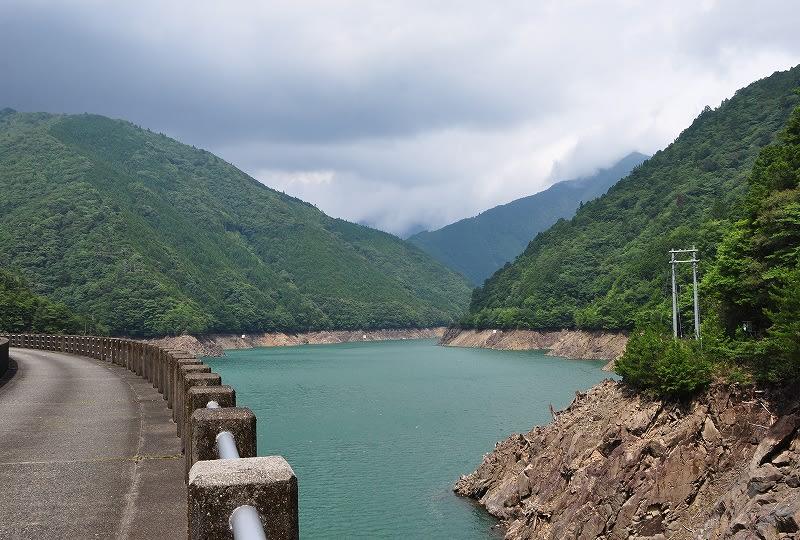 坂本ダム湖
