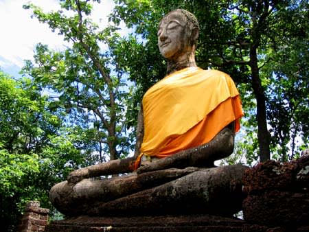 Wat Khao Phanom Phloeng仏像