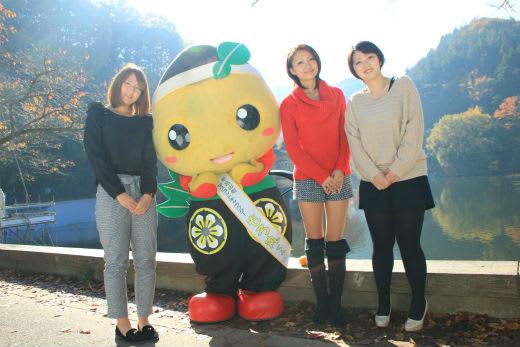 朝子さん。。 香澄さん。 鎌北湖紅葉撮影会2013