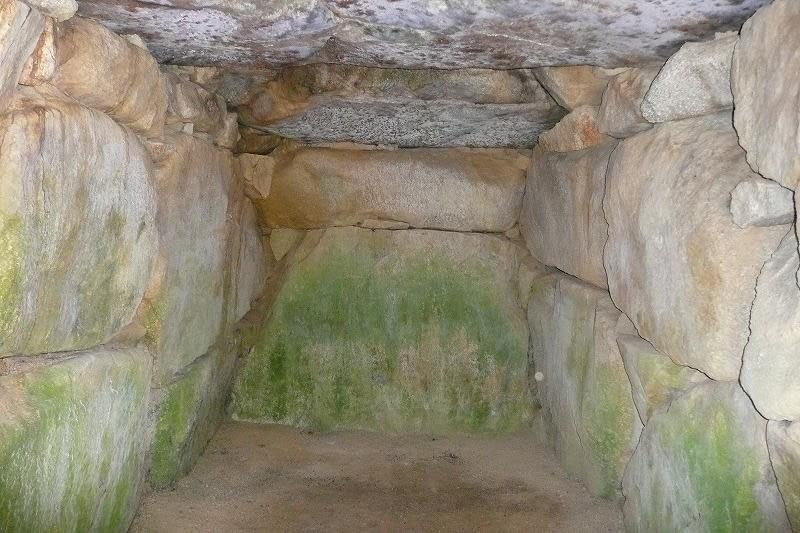 大岩1号墳石室
