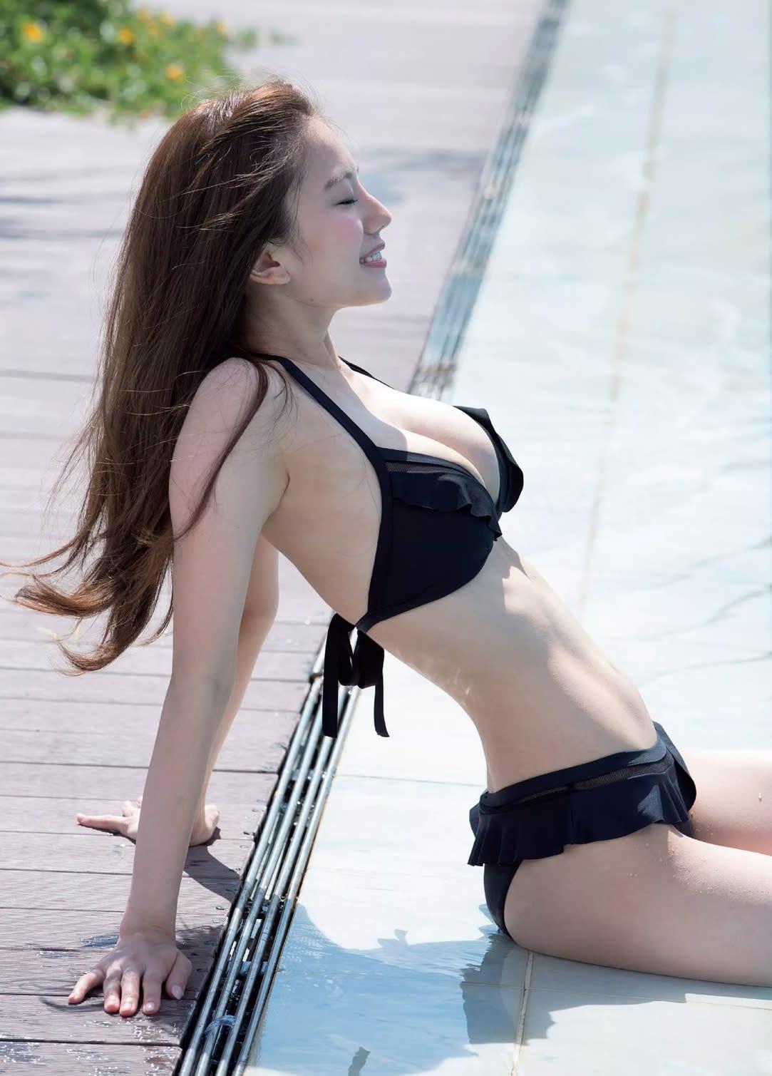 くびれ美人グラドル川崎あやさん、驚異のウエスト53�pを公表 [無断転載禁止]©2ch.net->画像>125枚