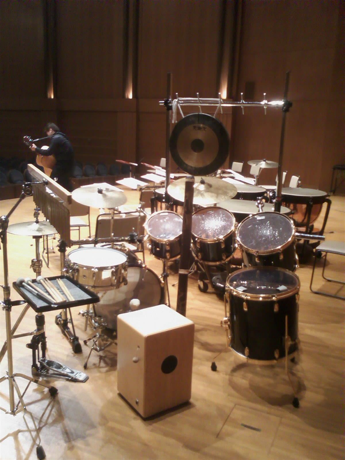 09'のNE(新堀ギターアンサンブル)公演でのパーカッションセッティングです! - 萩原広充 / Drums & Percussion