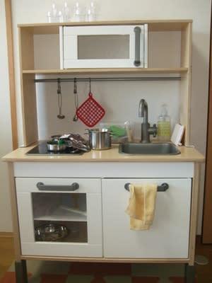おままごとのおもちゃ1:IKEAのキッチン