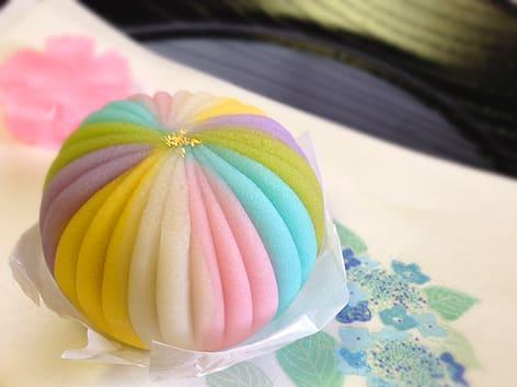 NAVER まとめ【和菓子好き必見!】虹色にきらめくレインボー和スイーツまとめ